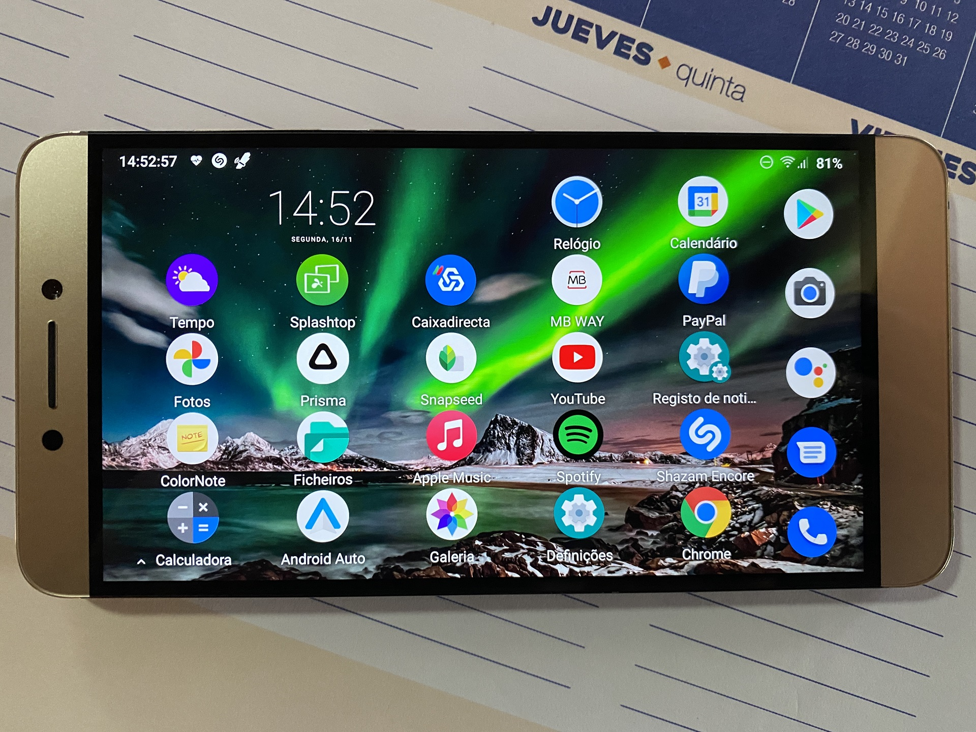 smartphone 2016 Android 11
